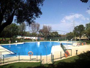 Piscina exterior Club de Campo La Motilla